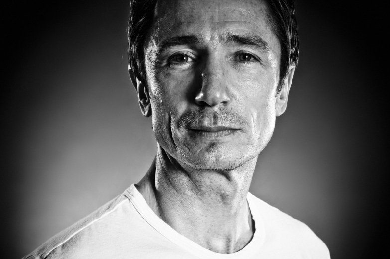 dominic keating marriage