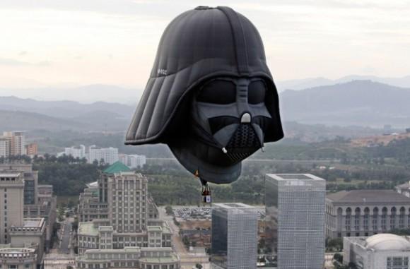 Vader-Hot-Air-Balloon-580x381
